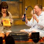 Jodelnde Musical-Diva trifft auf Landei mit Vollmeise